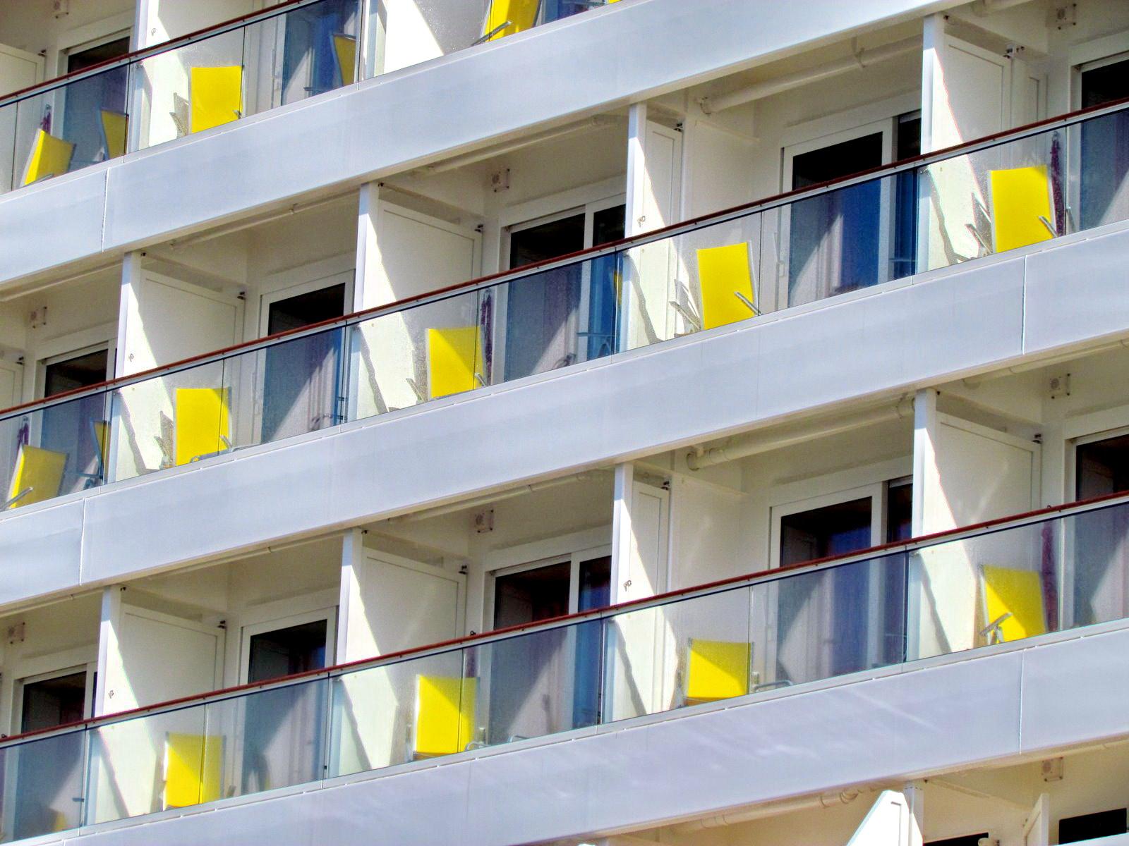 balconies in AIDASol