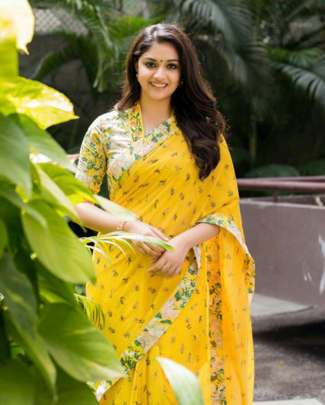Keerthy Suresh photos | Keerthi Suresh Hot Photos - HD Actress Photo