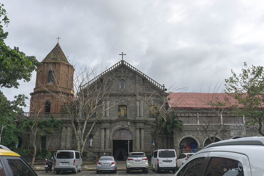 Pila Church facade