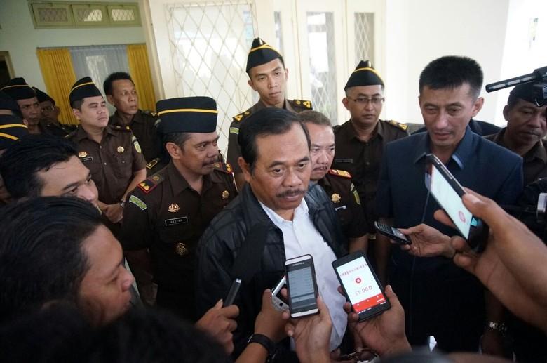 La Nyalla dan Pendukung Sebut Politisasi Kasus, ini Respons Jaksa Agung