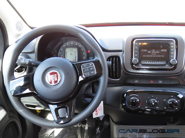 Novo Fiat Mobi - preço - painel