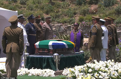 article 2523695 1A1E7CD800000578 672 964x635 Photos from Nelson Mandelas funeral