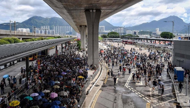 China's appeal ineffective in HongKong, protesters threaten China by this big move
