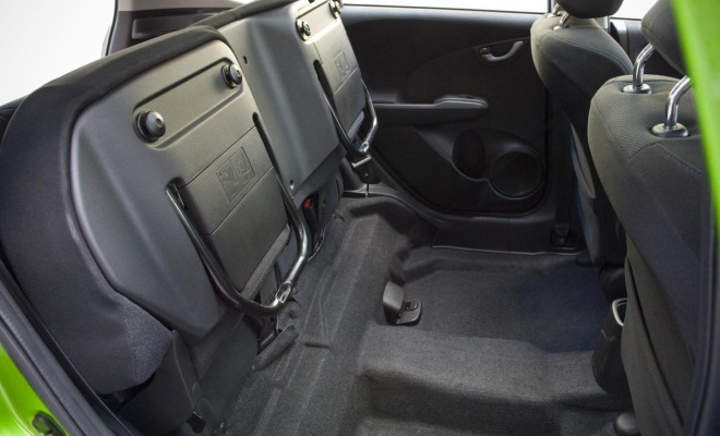Honda Jazz flip-up rear seats