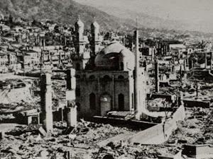 akibat pengeboman dan tsunami