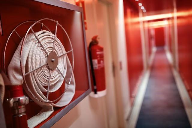 फायर-सेफ्टी: आग से कितनी सुरक्षित है आपकी बिल्डिंग?