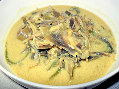 http://resepabu.blogspot.com/2016/10/resep-cara-membuat-sayur-jantung-pisang.html