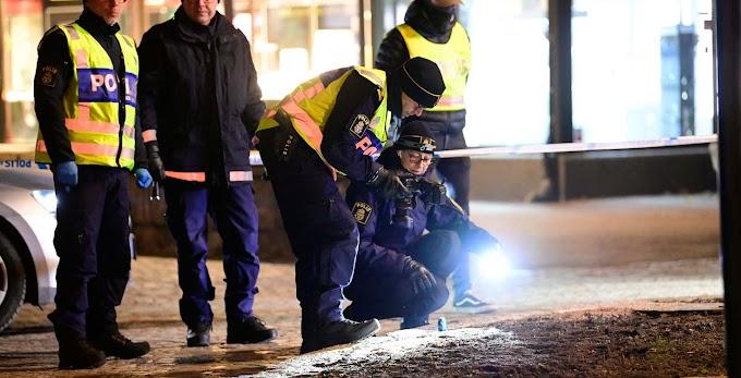Házkutatást tartottak a svéd terrorgyanús késes támadás ügyében