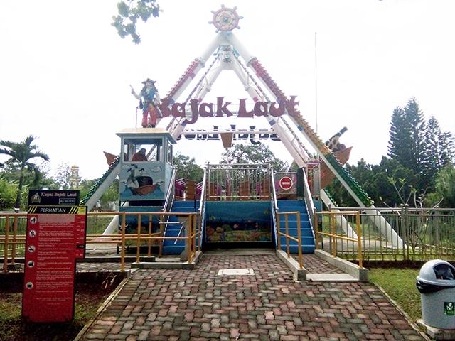 Taman Legenda TMII, bajak laut