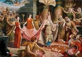 وَكَشَفَتْ عَن سَاقَيْهَا }  لماذا سجل القرآن هذه الحركة لملكة سبأ
