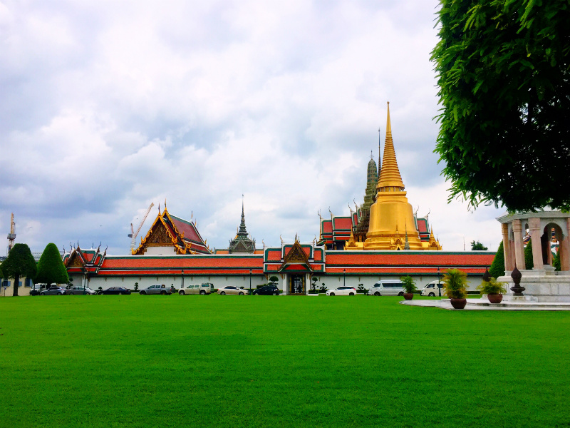 Wat Phra Kaew (Temple of The Emerald Buddha) & the Grand Palace