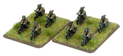 Models of Royal Enfield Flying Fleas carrying soldiers into combat.
