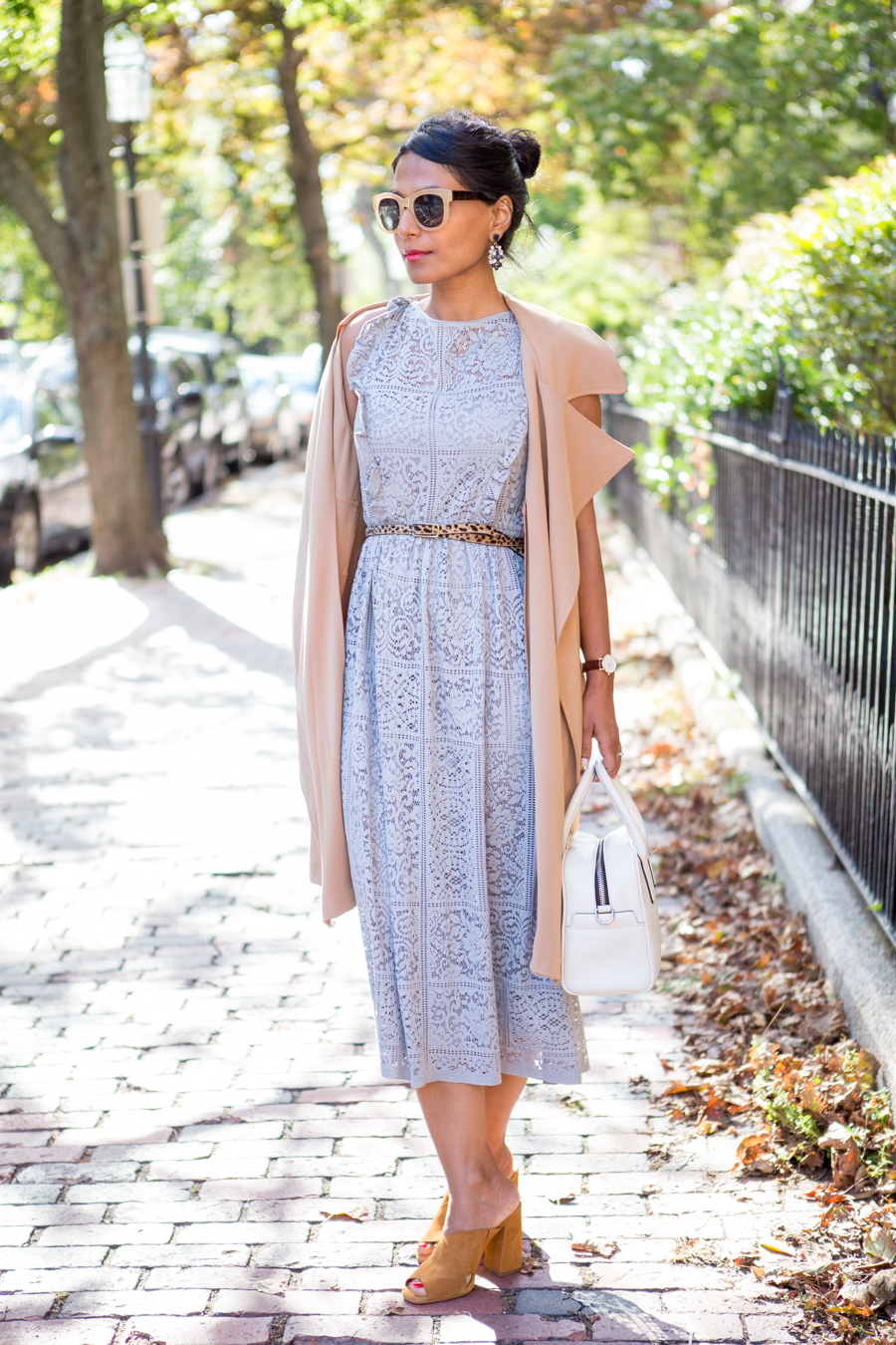 fall fashion, style tips, work style, corporate style, office style, professional attire, corporate chic, sleeveless trench, feminine style, petite fashion, petite style, 9 to 5 chic, business attire, mules, lace dress, work satchel