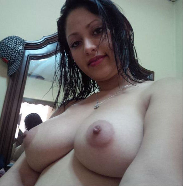 bhabhi ke boobs,hot aunty ke boobs