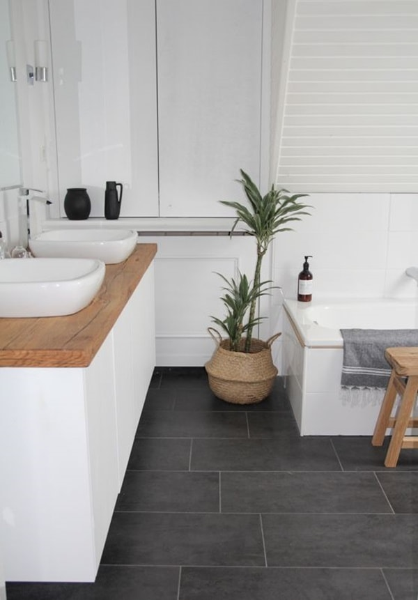 Solutions To Decorate Small Bathrooms 3
