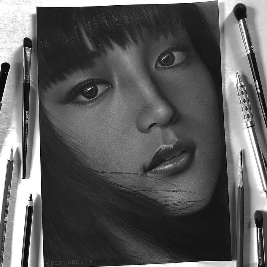 09-Pencil-Drawings-Opik-Piw-www-designstack-co