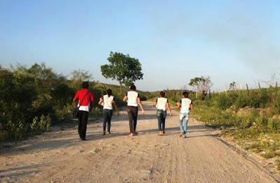 Resultado de imagem para falta de transporte escolar em Araioses