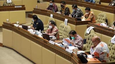 Pemerintah, DPR, KPU Sepakat Pilkada 2020 Tetap Digelar 9 Desember