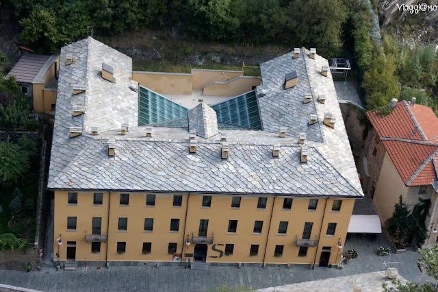 L'Hotel Stendhal visto dal forte di Bard