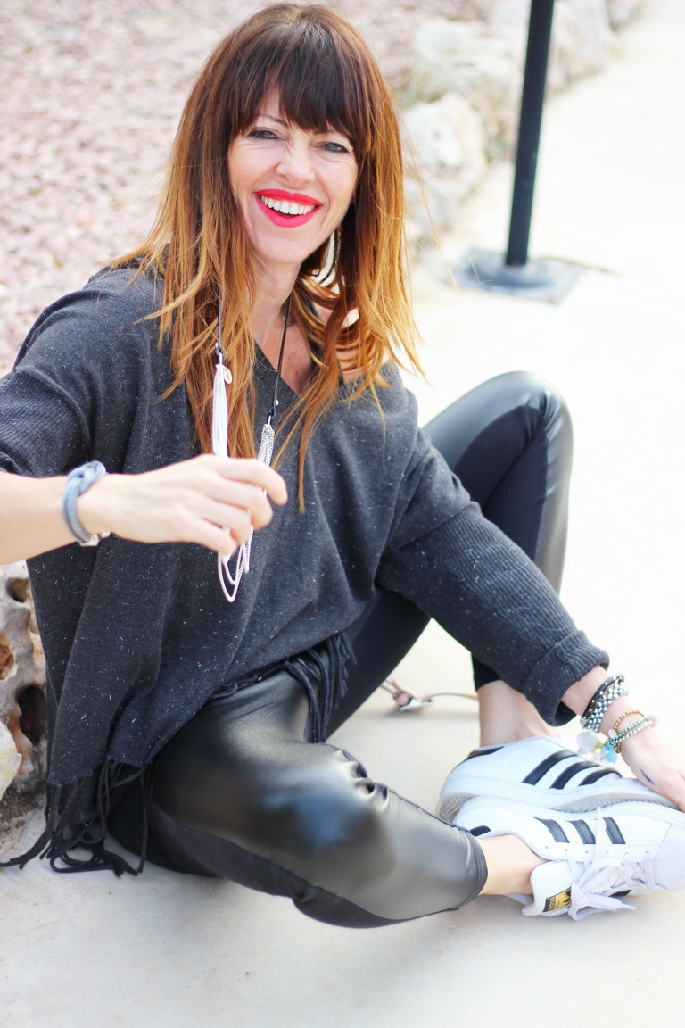 Streetstyle, fashion blogger, sporty, casual, adidas, cuchicuchi