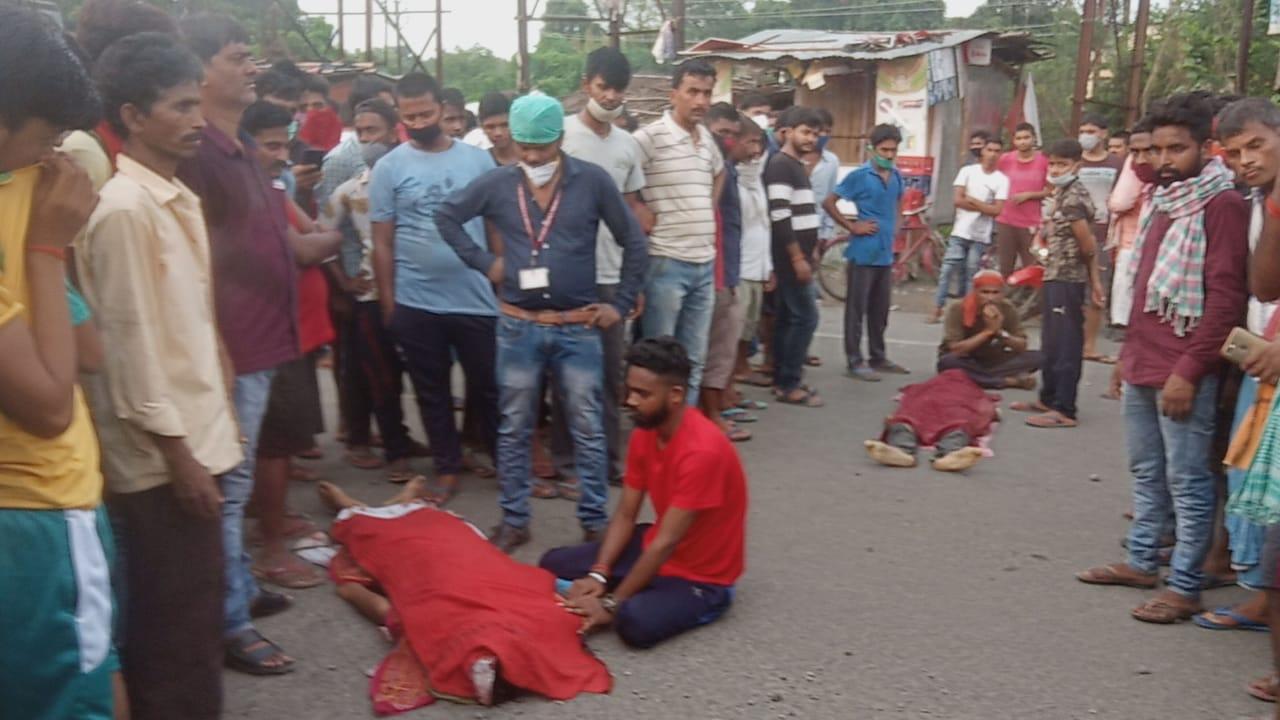 डबल मर्डर से इलाके में सनसनी, दिनदहाड़े अपराधियों ने दो युवक की गोली मारकर हत्या।