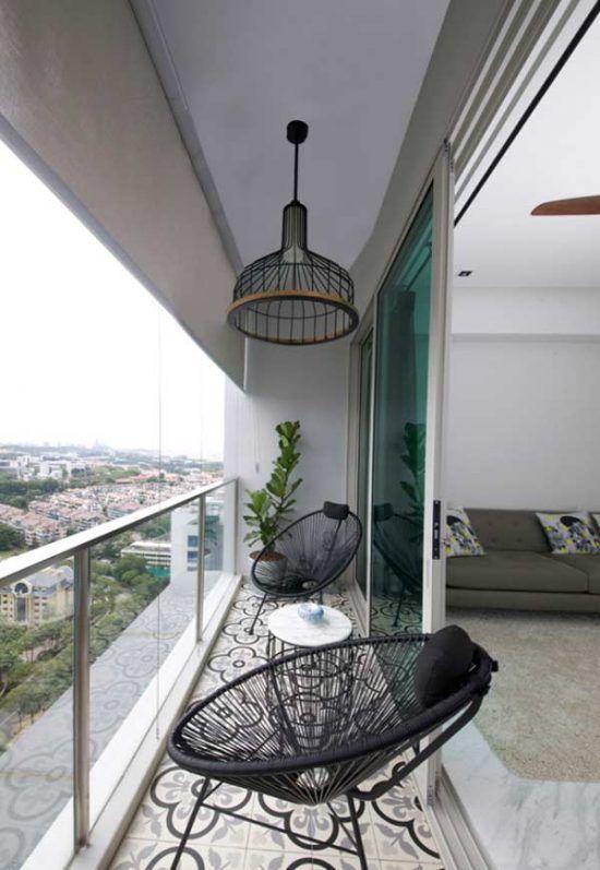 Narrow balcony decoration.