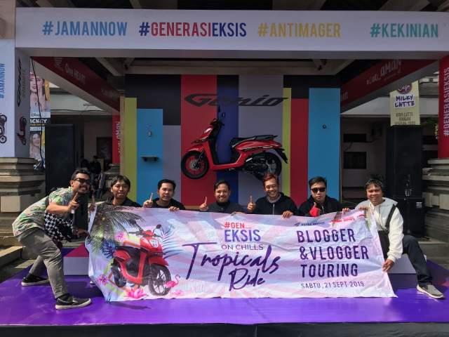 Fun Touring Honda genio 110 Bali