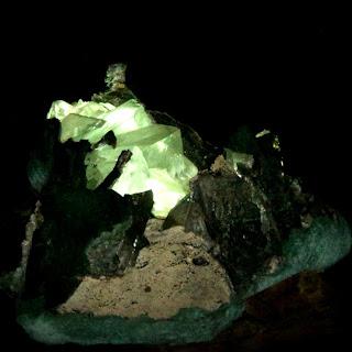 Pedra Iluminada na Mina do Ametista Parque