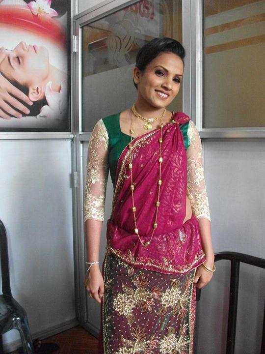 Wear A Kandyan Saree Kandyan Saree Designs