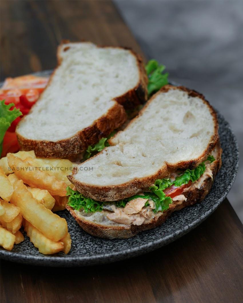 Easy Tuna Melt Sandwich