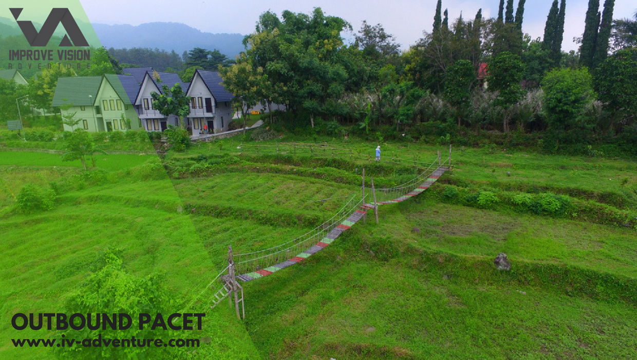 Outbound Pacet - The Alit Villa Pacet