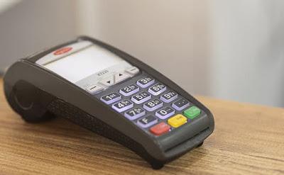 Bajada de precio de dos portátiles, un AiO, un TV, una RAM, un monitor, un teclado, un ratón y un altavoz