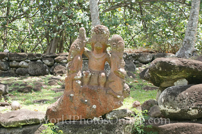 Las estatuas de Temehea Tohua