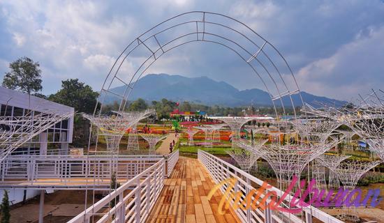 InstaLiburan - Taman Bunga Celosia Semarang Dengan Segudang Spot Instagramable