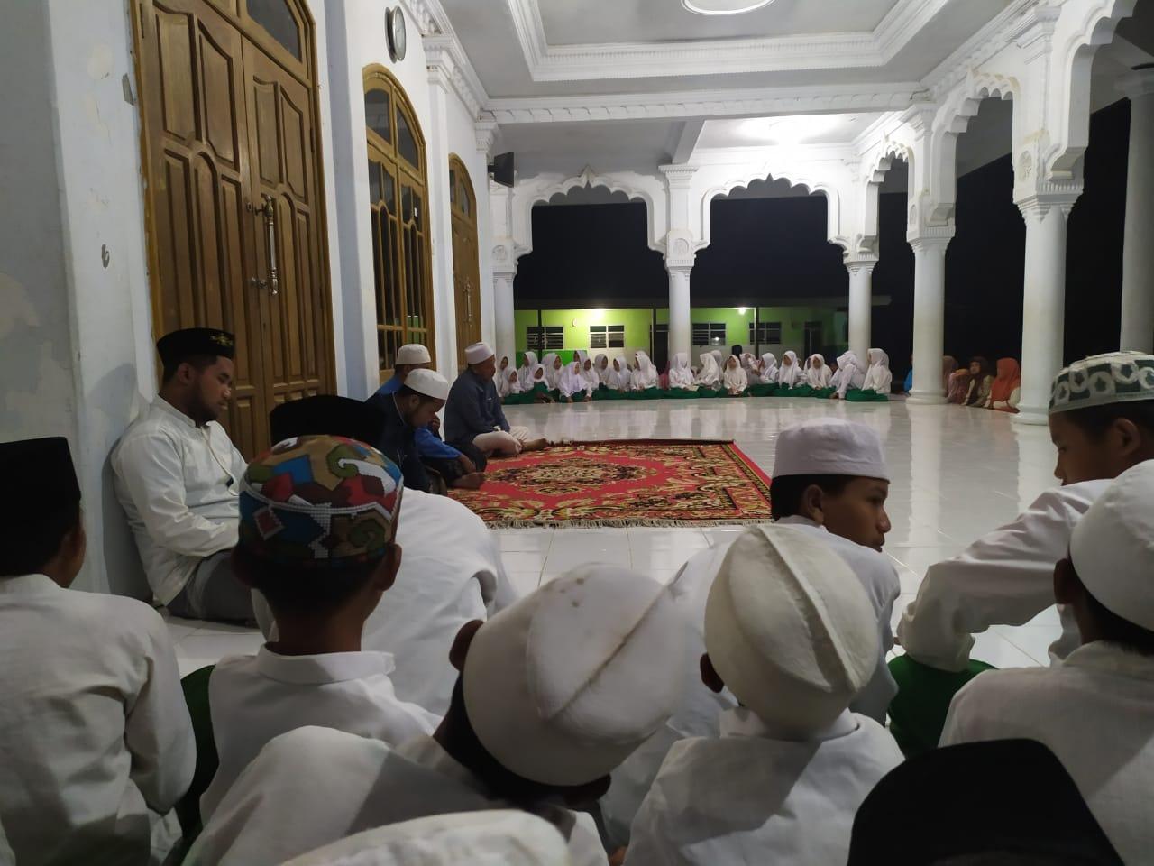 Sambut Tahun Baru Islam dengan Istighotsah Bersama