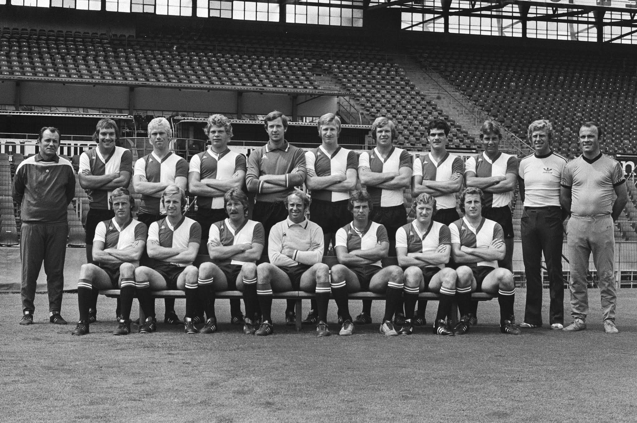 Selectiefoto Feyenoord 1976-1977