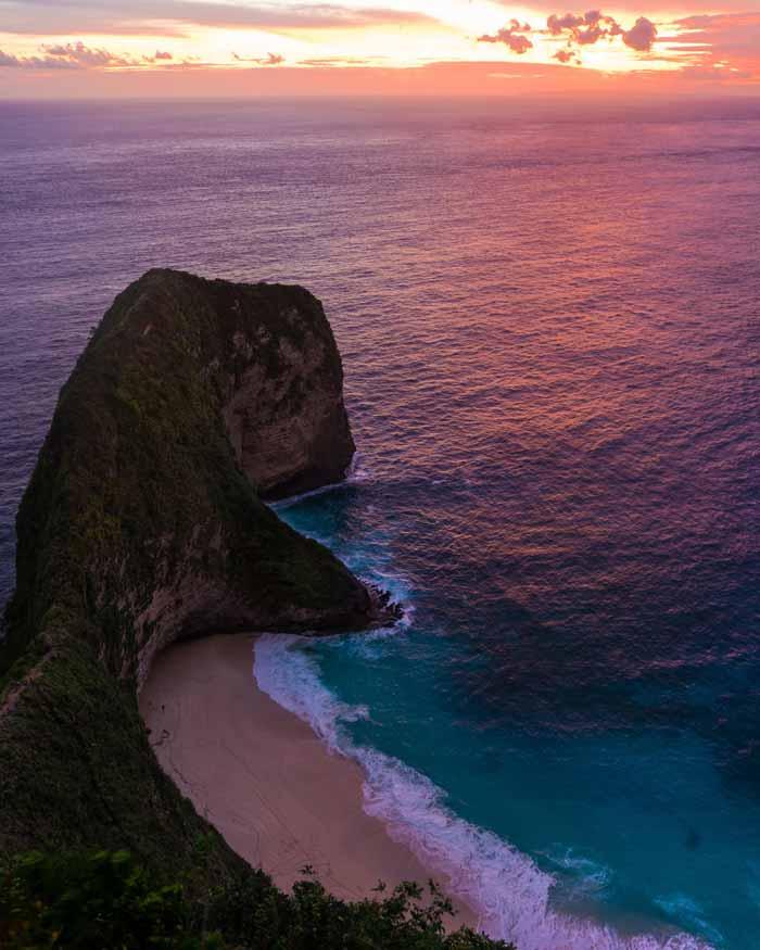 Daya Tarik Pantai Kelingking Bali