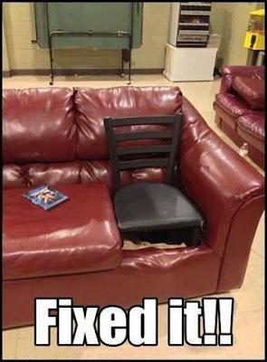 Kaputte Couch selbst repariert Pfusch lustig