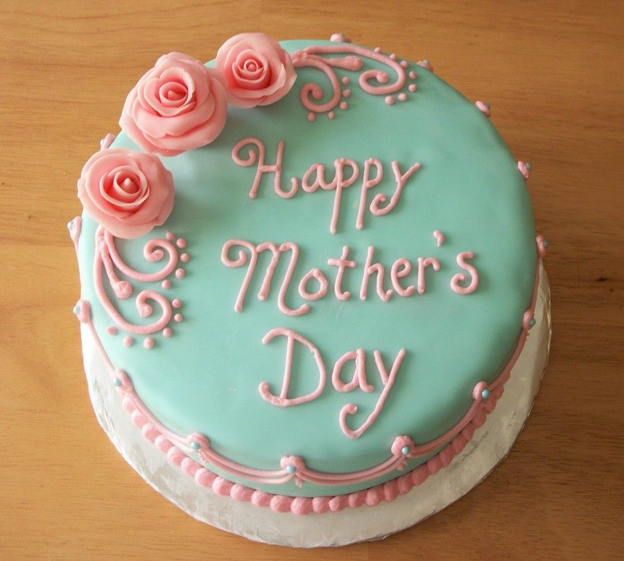 Homemade cake for Mothers Day 2021