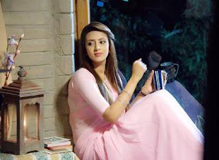 Bidya Sinha Saha Bangladeshi Actress New Hot Selfie