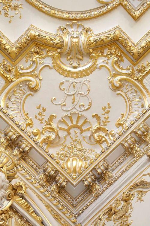 40 Amazing Classic Nail Art Designs: 40 Amazing Ceiling Crown Molding Ideas