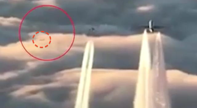 UFO News - UFO becomes visible after it is hit by lightning and MORE Sky%252C%2Bpilot%252C%2Bescort%252C%2BIntelligence%252C%2Btank%252C%2Barcheology%252C%2BGod%252C%2BNellis%2BAFB%252C%2BMoon%252C%2Bunidentified%2Bflying%2Bobject%252C%2Bspace%252C%2BUFO%252C%2BUFOs%252C%2Bsighting%252C%2Bsightings%252C%2Balien%252C%2Baliens%252C%2BFox%252C%2BNews%252C%2Bastronomy%252C%2Btreasure%252C%2Bpirate%252C%2Bcraft%252C%2Bstation%252C%2Bnew%2BSTS%2B134%252C23