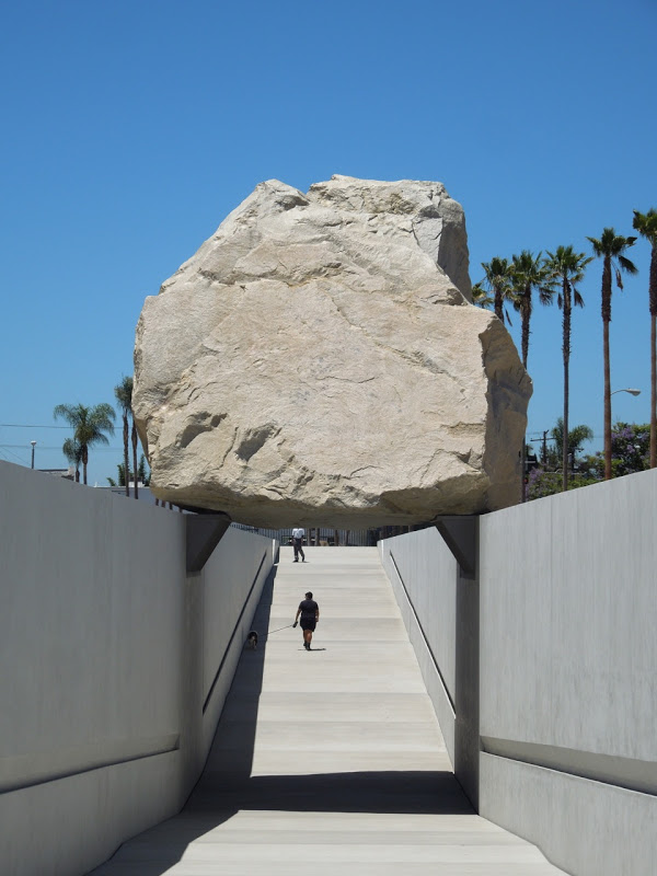 Levitated Mass sculpture LACMA