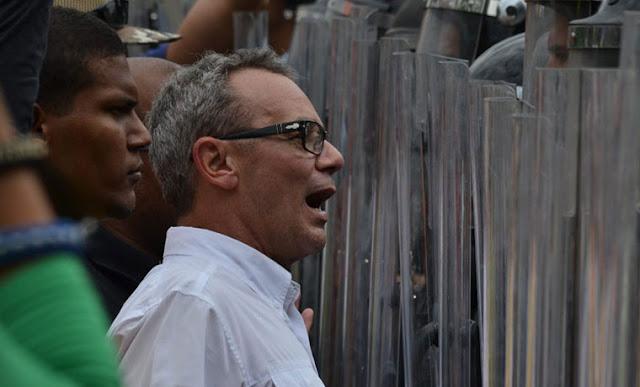 """Tribunal militar ordenó captura de Salvatore Lucchese por """"instigación a la rebelión"""""""