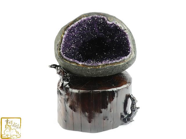 如何保養紫水晶洞?四步驟讓它亮晶晶