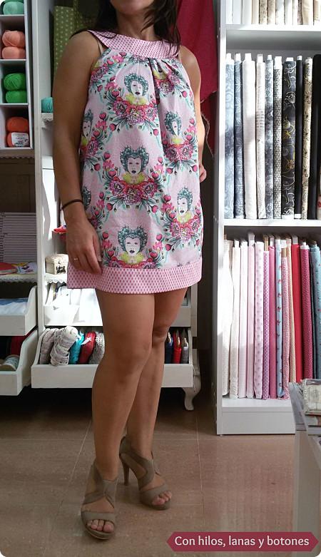 Con hilos, lanas y botones: vestido Tula Pink