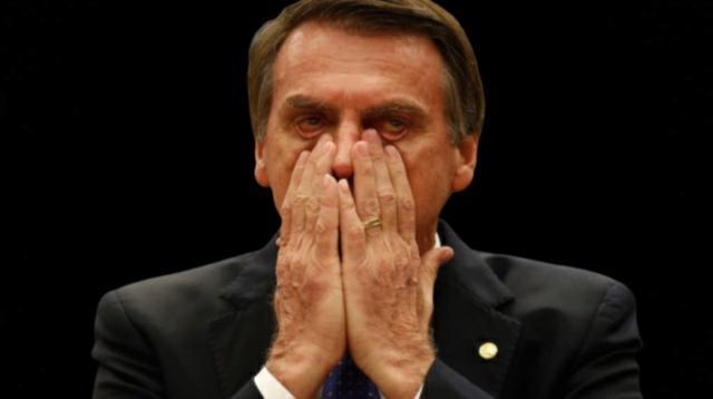 Em queda, Bolsonaro reage a divulgação da pesquisa Datafolha