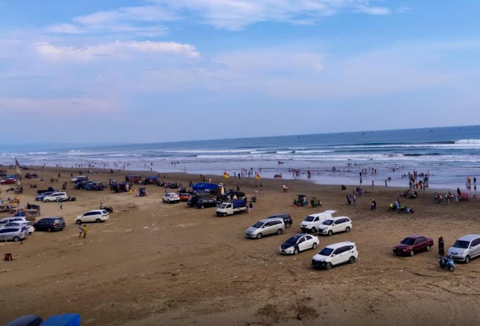 Pantai Bagedur Lebak Banten