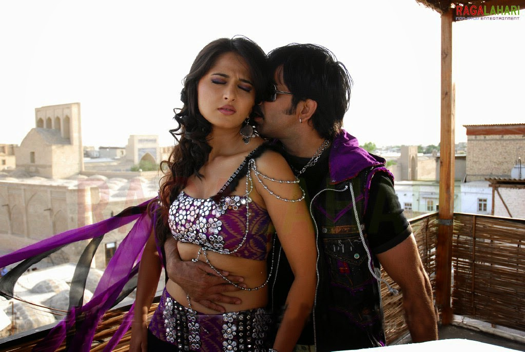 Hot Navel Shetty Kiss Anushka