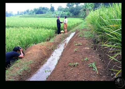 Pengambilan Foto Pre wedding ala petani - fotografer  T Jatayu